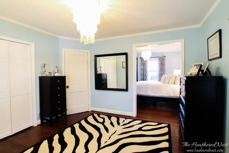 blue bedroom ideas, DIY bedroom makeover from www.heatherednest.com