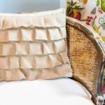 Burlap Pillow Talk – A DIY pillow project.