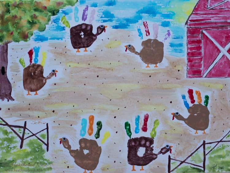ADORABLE fall DIY turkey handprint craft for kids! And LOTS of other seasonal handprint art ideas!!