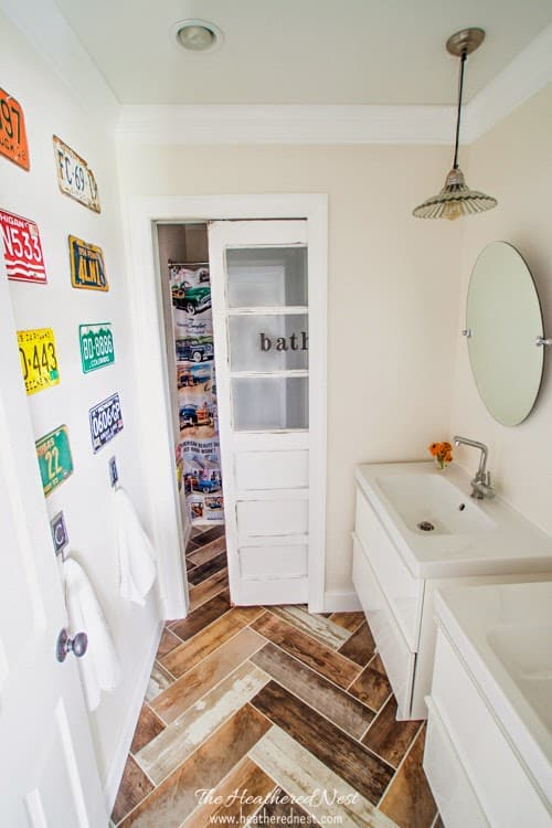Kids-transportation-and-travel-inspired-bath-makeover-3