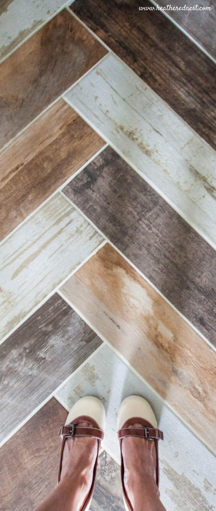 faux wood tile porcelain 6x24 www.heatherednest.com