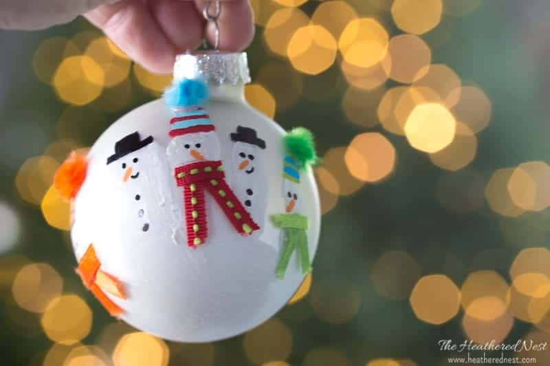 DIY Handprint Christmas Ornament Ideas! So easy, so precious!! heatherednest.com