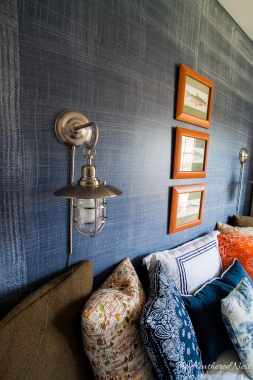 Denim faux finish for walls! GREAT idea to add texture and interest for an upscale look on a budget! Looks like grasscloth or real denim jeans!! from www.heatherednest.com