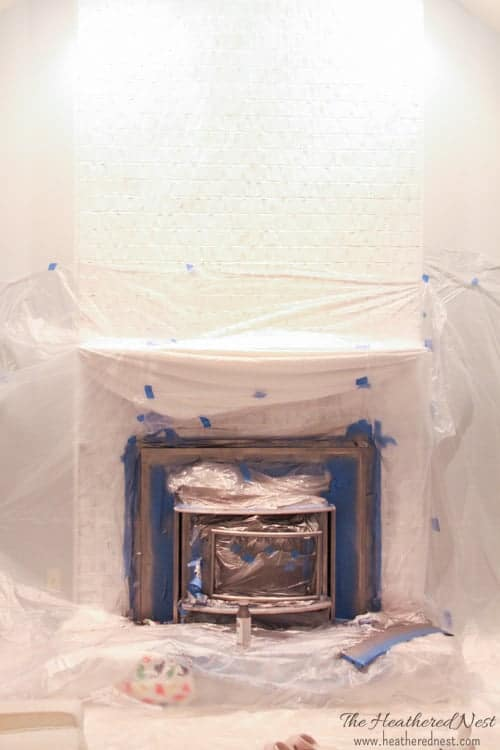 How-to-use-high-temperature-fireplace-paint-for-painting-a-brass-fireplace!-Easy-DIY-tutorial-from- www.heatherednest.com
