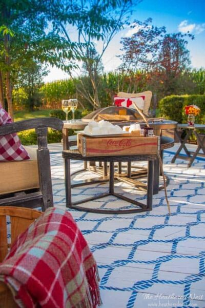 Painted Outdoor Rug. A DIY Rug Tutorial.