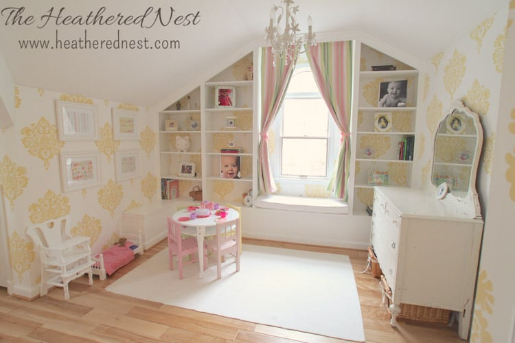 girls yellow bedroom damask wallpaper from www.heatherednest.com