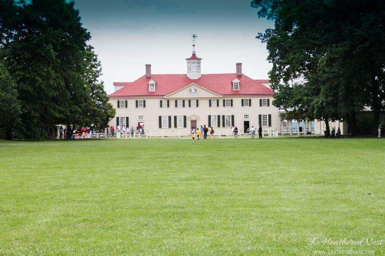 Summer garden and house tour from www.heatherednest.com Mt. Vernon Alexandria VA