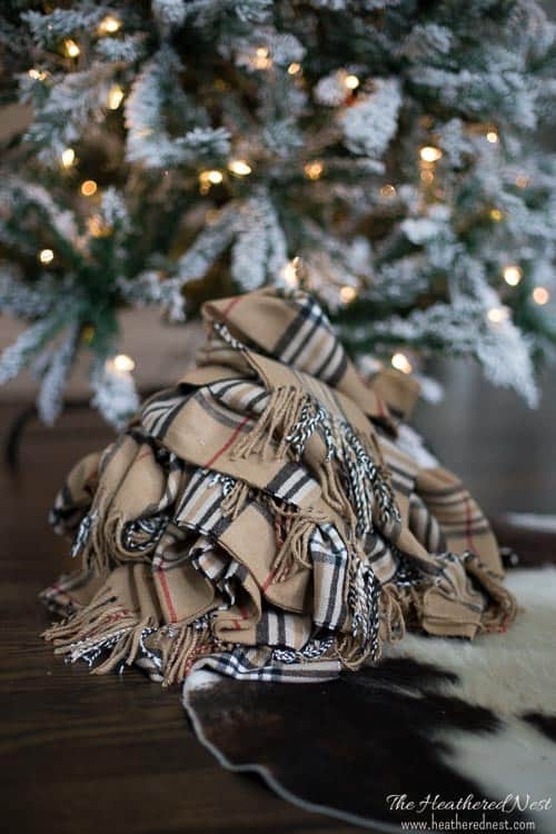 GORGEOUS DIY garland idea! Winter DIY scarf garland!! Love this popular look :) from heatherednest.com
