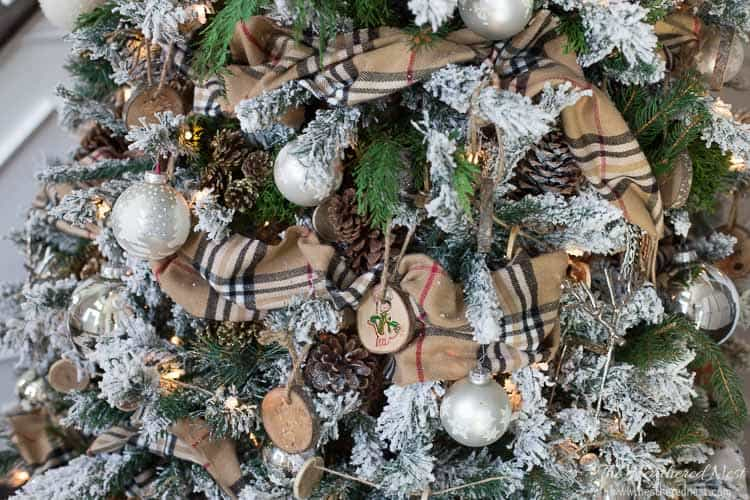 I love the idea of keeping my tree cozy with this DIY scarf garland idea!