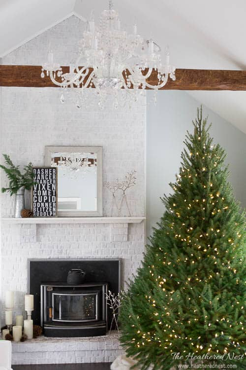 easy-diy-christmas-mantel-and-holiday-decor-heatherednest-com-4