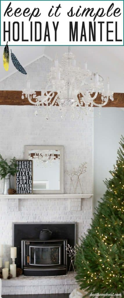 Love this simple, un-fussy DIY Christmas mantel from heatherednest.com