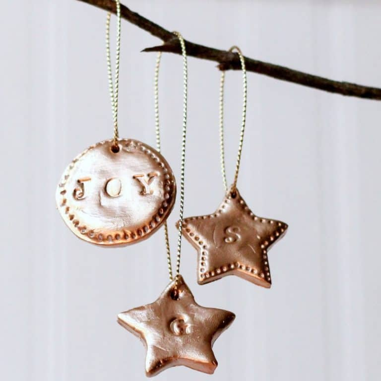 I love the stamped look of the clay ornaments. They look like copper!