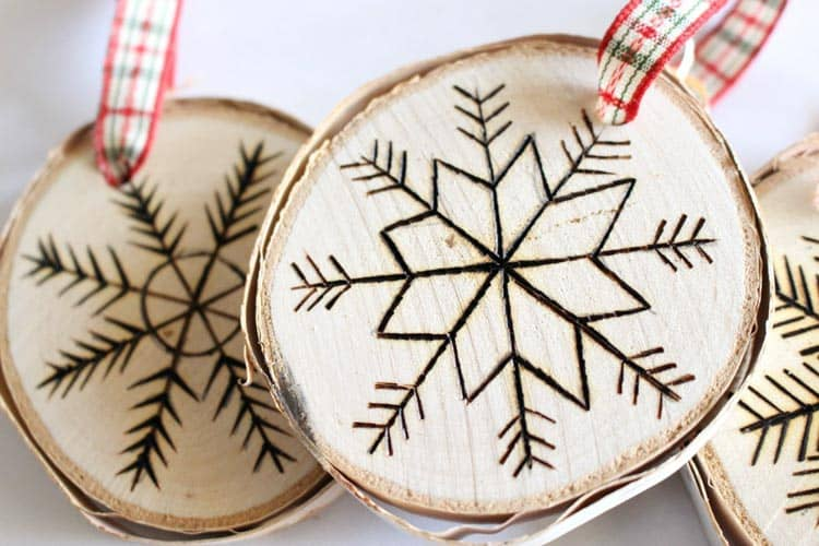 I love the rustic wood burned look on these ornaments. These would make great gifts!