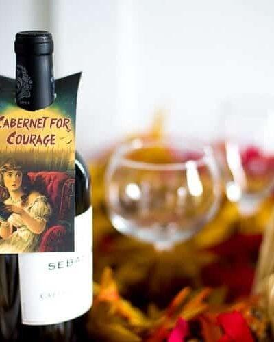Halloween free printables!! Grab these wine bottle labels | wine bottle tags free printables - LOVE these Halloween printables!! from heatherednest.com