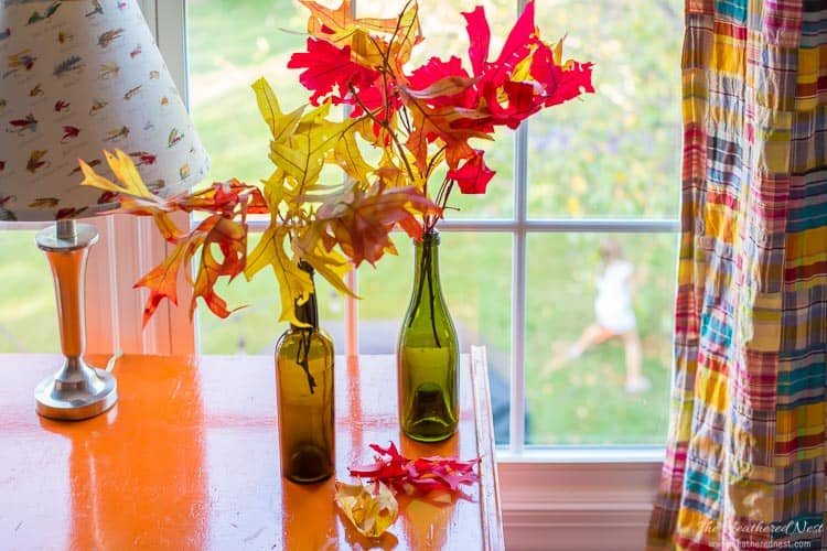 Don't stress about fall decor! It doesn't need to be hard. Decorate for autumn beautifully and on a budget with 5 simple tips from heatherednest.com