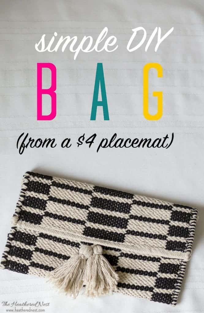 What an AMAZING gift idea!! This DIY bag is made from a placemat! And it's so cute!! Check out the full #tutorial for this simple #DIY #purse now!! #bag #handbag #boho #clutch
