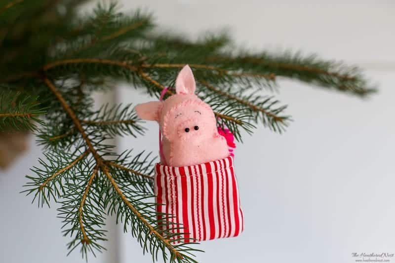 Felt Christmas Decorations: Pig ornament