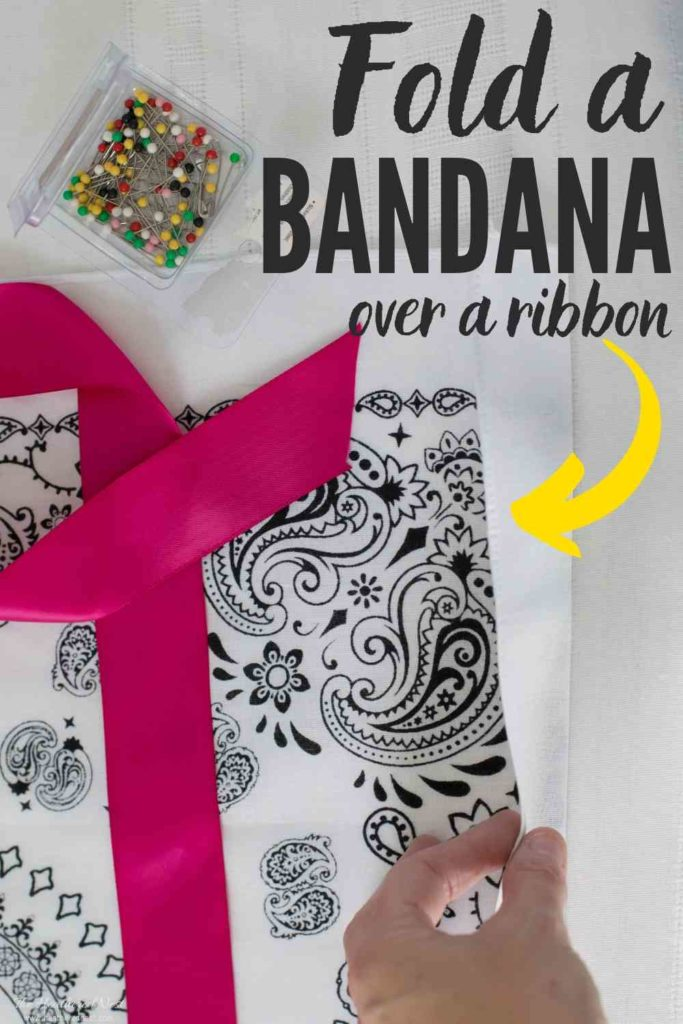 Grab a Dollar Tree or Wal-Mart Bandana for this quick & easy Easter Basket Liner Craft!