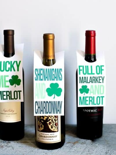 It's your #lucky day! #FreePrintable alert! Grab these #fun #StPatricksDay #winetag #printables this #spring and enjoy a bottle of #wine with friends or at #home for a quiet evening in! #stpatricksdayparty #stpatricksdaygifts #winelabels