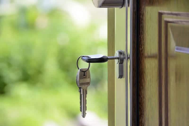 house staging tips: image of door being unlocked