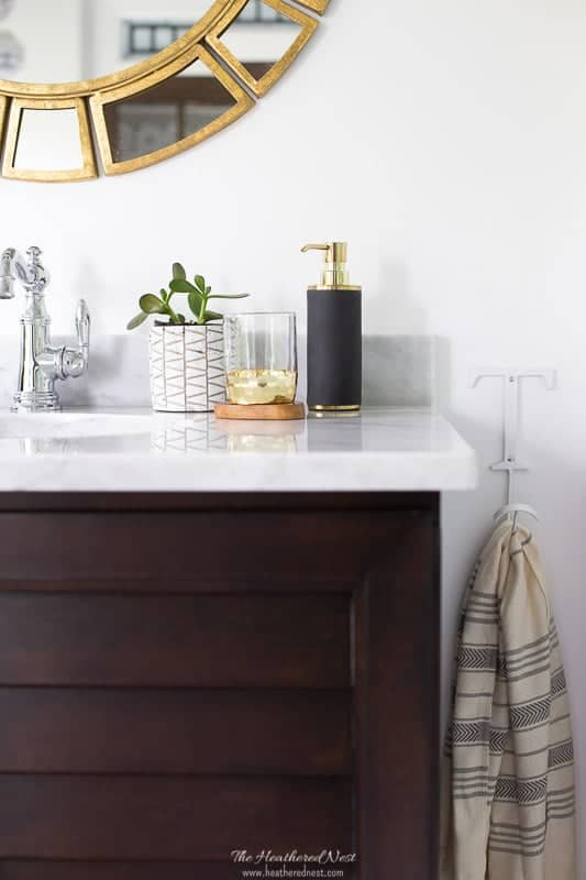 30+ on trend, stylish and affordable shower accessories all from Target or Amazon! #bathaccessories #showeraccessories #bathroomaccessories #showerstorageideas