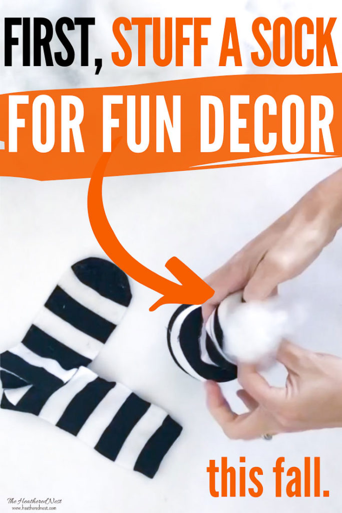 Easy DIY Tutorial For an Easy and Inexpensive Fall Pumpkin Craft