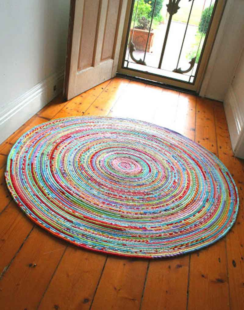 round vibrant jelly roll rug tutorial at vintageicrac