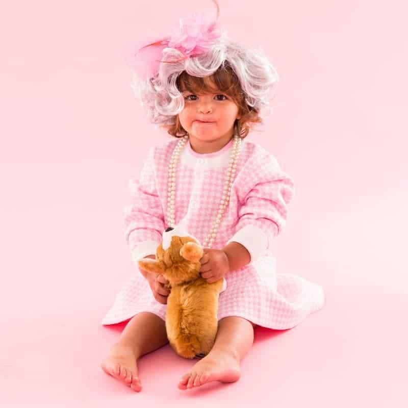 last minute halloween costume idea - baby dressed as Queen Elizabeth
