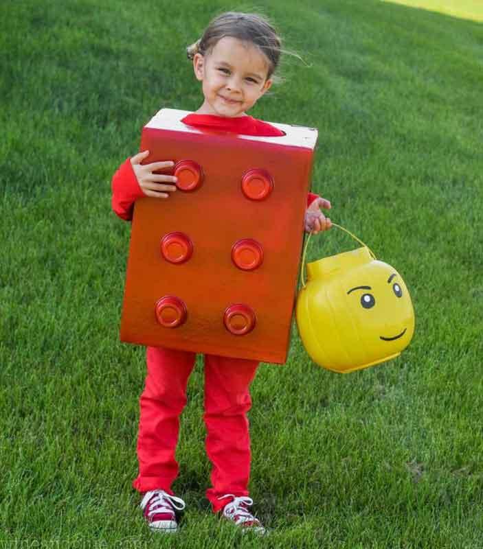 last minute halloween costume idea - little girl dressed as a LEGO block