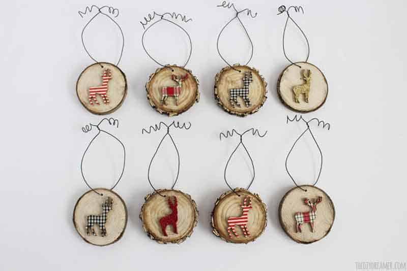 reindeer wood slice ornaments