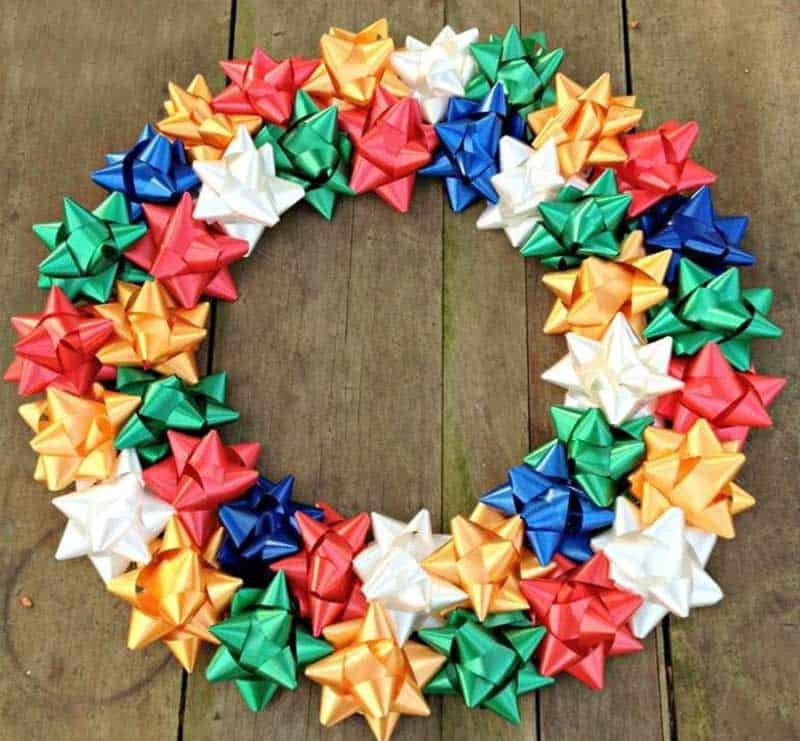 easy Christmas crafts: Christmas bow wreath