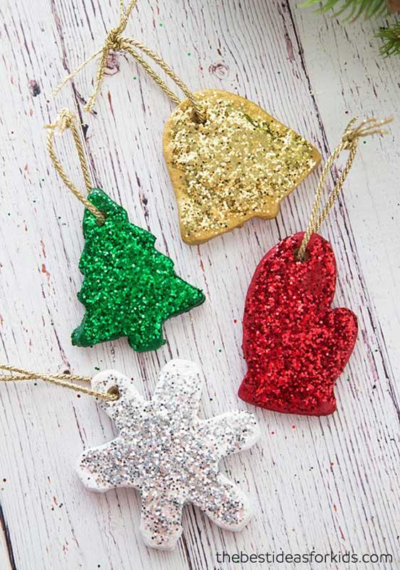 easy Christmas crafts: glittery salt dough ornaments
