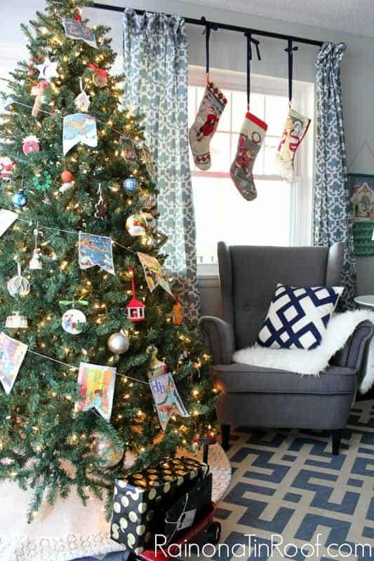easy Christmas crafts: vintage storybook garland