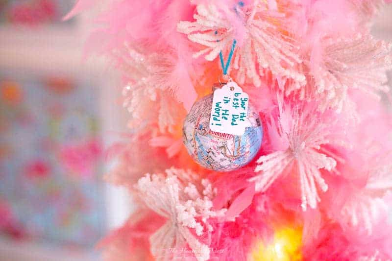 easy Christmas crafts: map ornaments