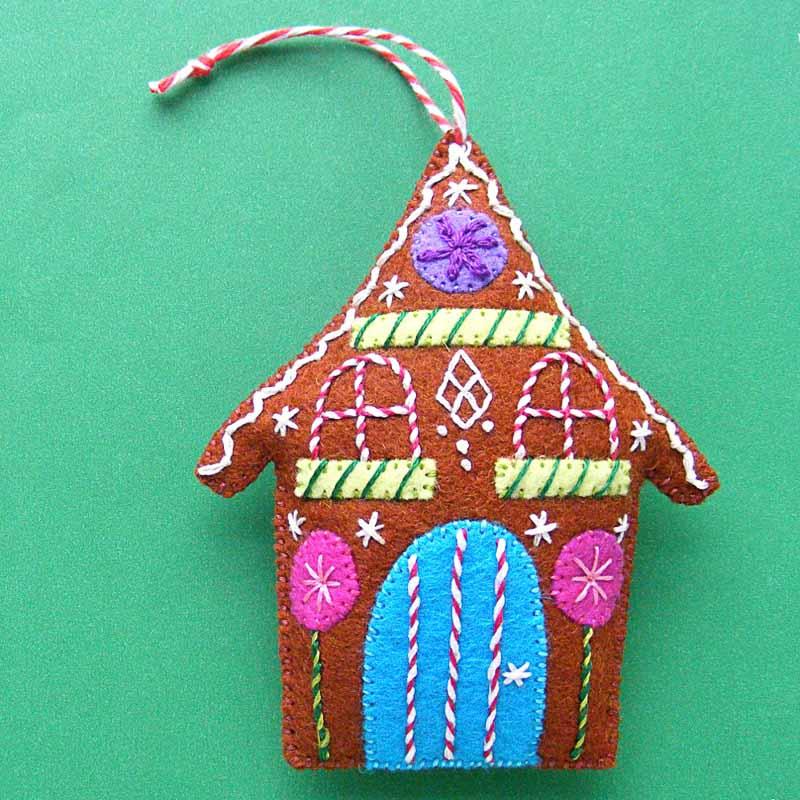 gingerbread house felt Christmas ornaments