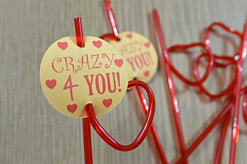 """valentines day card ideas: crazy straws with """"crazy for you"""" printables"""