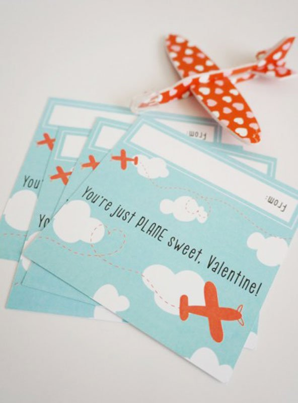 """BEST *Non-Candy* Free Printable Valentines Day Card Ideas for Kids: little plane toys """"you're just plane sweet, valentine"""""""