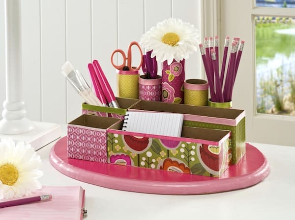 DIY craft and desk organizer from cereal boxes and toilet paper rolls mod podge rocks