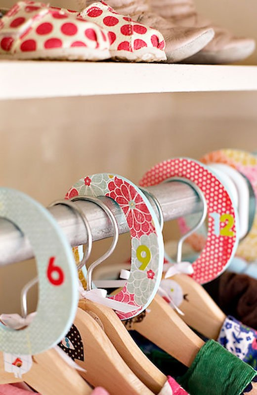 Closet Organizer Ideas: DIY hanging dividers are great for separating baby clothing in different sizes