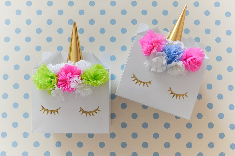 17 Easy UNICORN Valentine Box Ideas + Tutorials from brilliant craft & DIY bloggers
