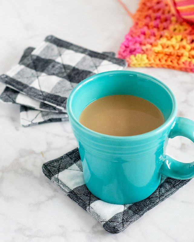 DIY quilted buffalo check DIY fabric coasters