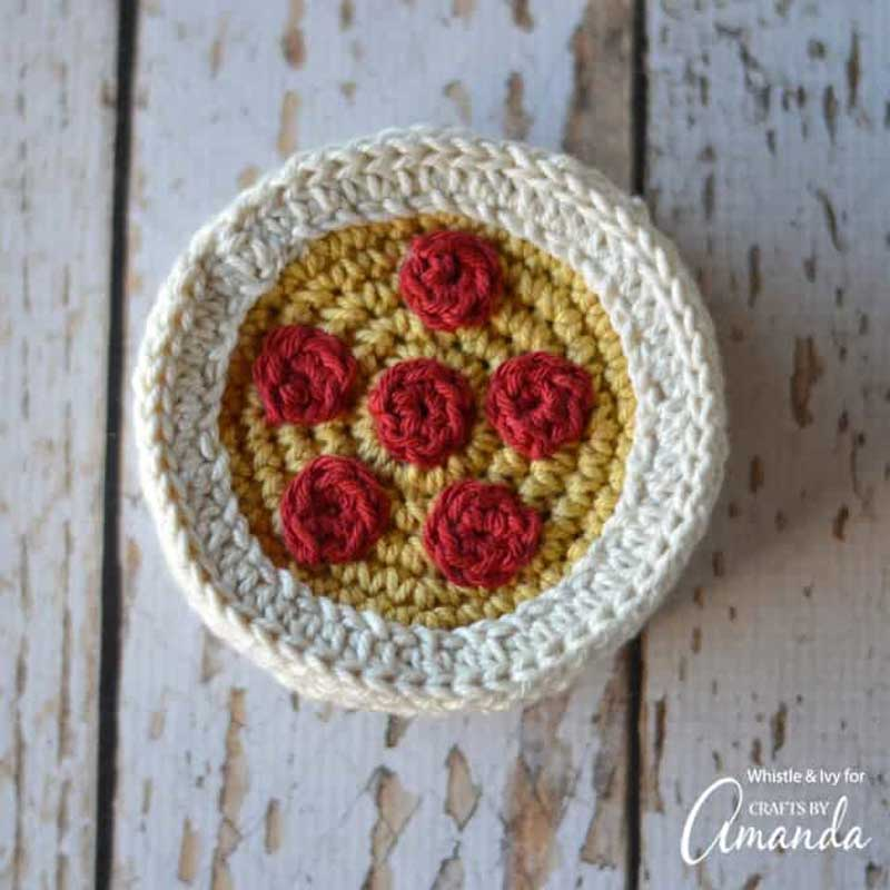 Pizza DIY crochet coasters