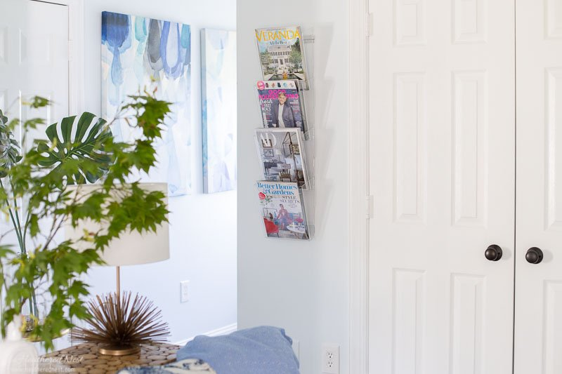 DIY purse organizer tutorial | used same holders for a magazine rack in the dressing room as seen here.