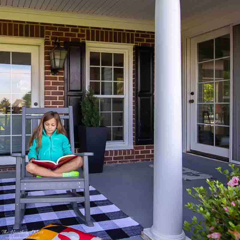 POLYWOOD furniture front porch makeover | rethink outdoors with an outdoor patio furniture makeover