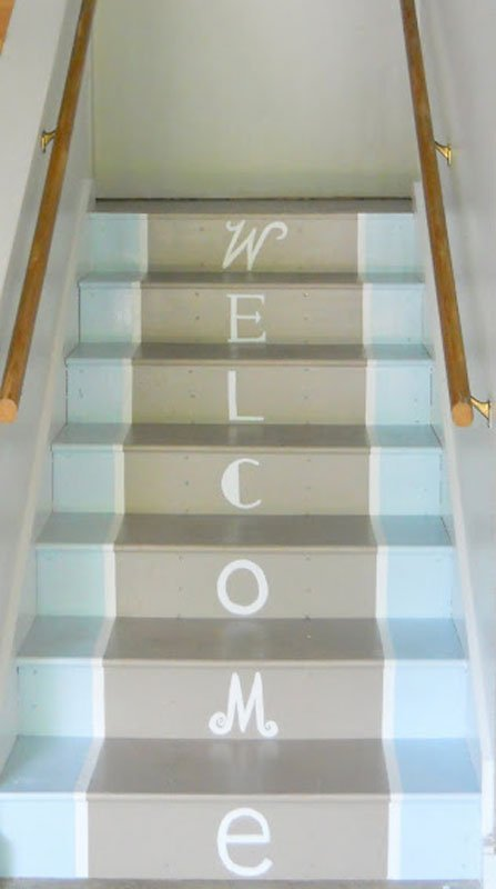 DIY painted staircase welcome sign | shine your light blog