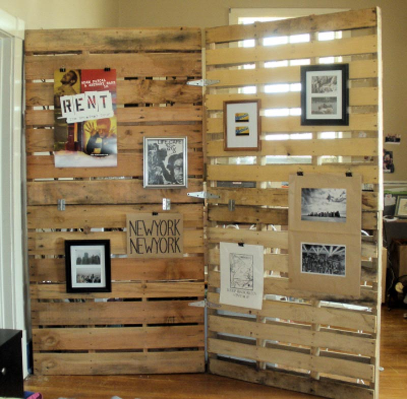 30+ Amazing Room Divider Ideas | DIY pallet room divider my friend staci