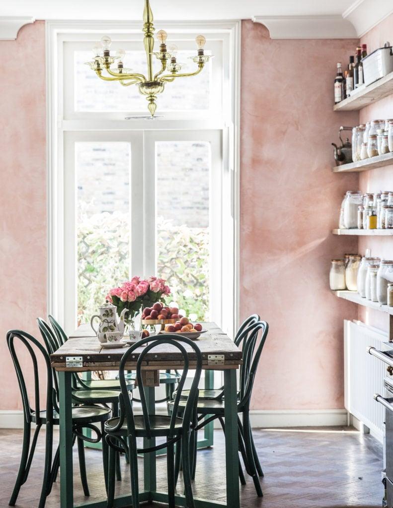 Faux Painting Techniques that don't SUCK | Pink Venetian Plaster Walls via Coco Kelley