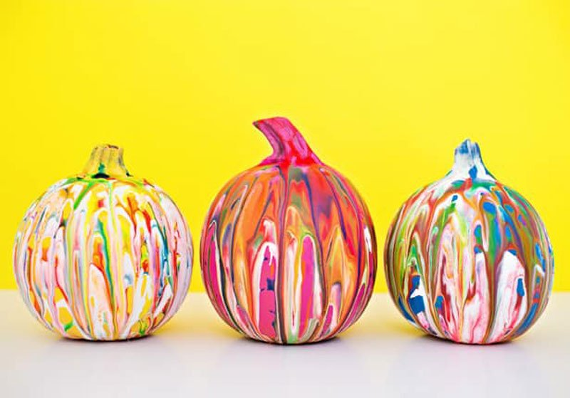 51 Cute Painted Pumpkin Ideas - Squeeze-Painted Pumpkins Hello Wonderful
