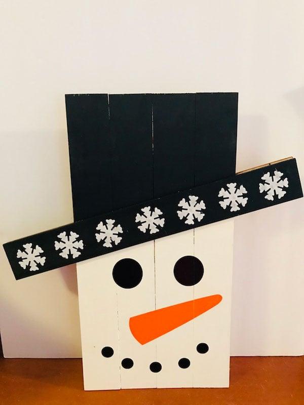 51 CUTEST Snowman Crafts | Scrap Wood Snowman