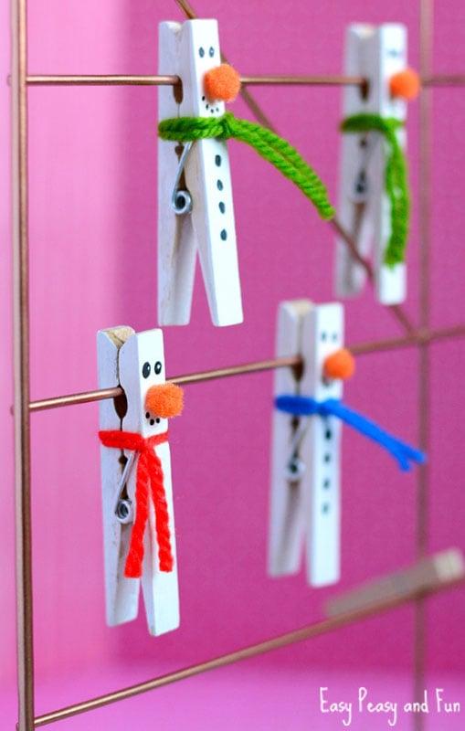 51 CUTEST Snowman Crafts | clothespin snowman craft